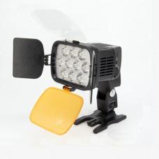 Светодиодный накамерный свет Fujimi FJLED-VL012 KIT  в комплекте с аккумулятором, зарядным устройством