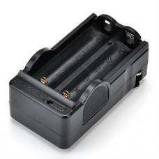 Зарядное устройство на 2 аккумулятора типа 18650 -  Travel charg 18650