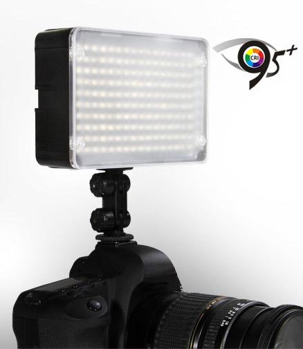 Накамерный свет Aputure Amaran AL-H160 с индексом цветопередачи CRI 95