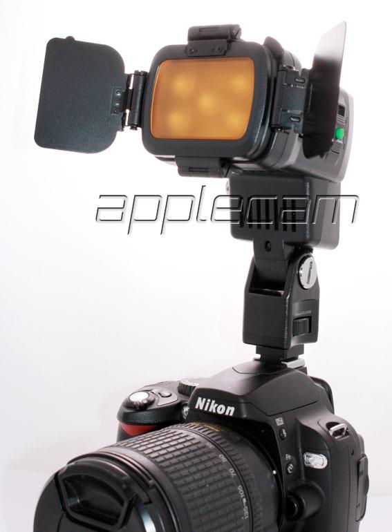 Накамерный свет LED LBPS900 Comer